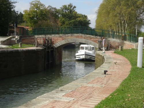 Holiday enters old curved lock