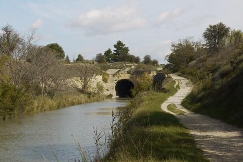 The tunnel built circa 1666