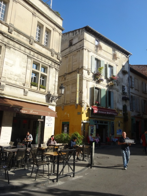 Lunchtime in Arles